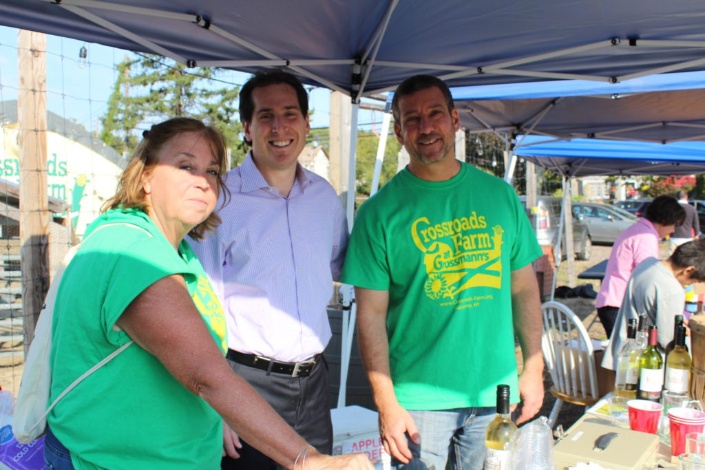 Lloyd Chrein (right) with Crossroads volunteer Beth, and NY State Senator Todd Kaminsky.